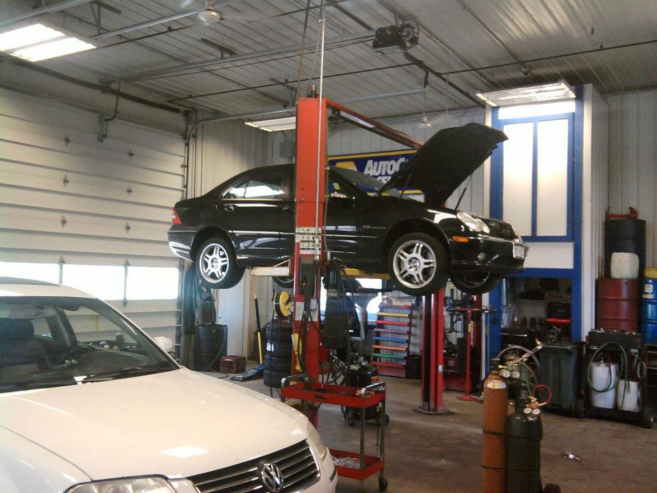 interior shop photo advanced auto clinic advanced auto clinic in delavan wi automotive shop